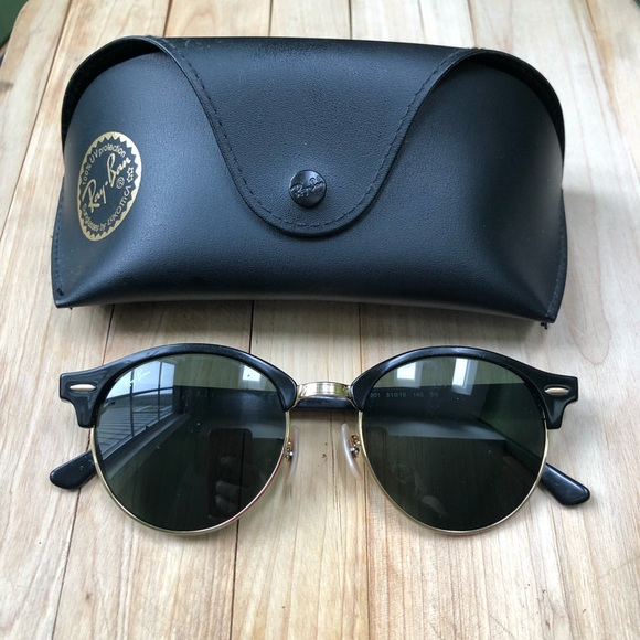 😎 Ray-Ban Clubmaster Sunglasses